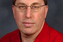 Yale Scientist Recognized for Research on Optics