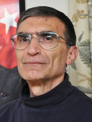 Aziz Sancar is currently a professor of biochemistry and biophysics at the University of North Carolina at Chapel Hill, where he continues to study the mechanisms of mammalian DNA repair. Image courtesy of the UNC School of Medicine Biochemistry and Biophysics Department.